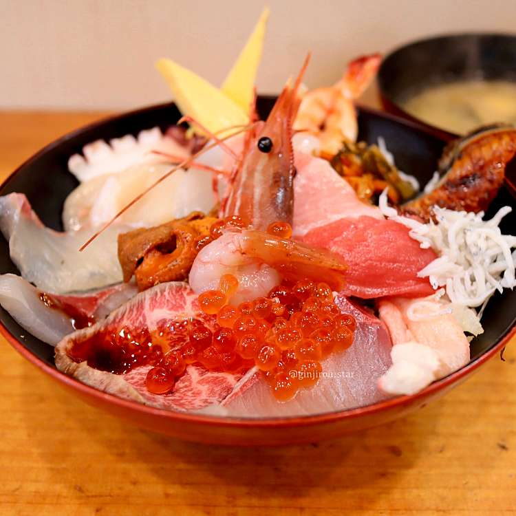 ぎんじろうさんが投稿した敷津東寿司のお店まるよしの写真