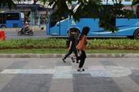 Mengenal Engklek Permainan Tradisional Jawa Timur Sejak Zaman Kekaisaran Romawi Merdeka Com Line Today