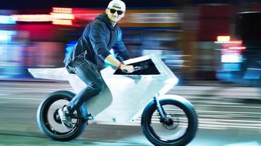 兩輪界霸主誕生?!特斯拉 Cybertruck「電動單車」版本釋出,車迷驚嘆:好像比原車還要好看⋯