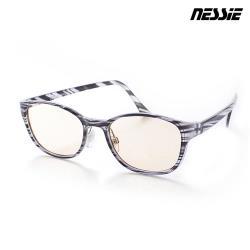 ◎新一代TR90記憶式鏡框鏡腳|◎頂級高透光吸收式抗藍光鏡片|◎SGS檢驗 抗UV紫外線99%以上◇商品規格.眼鏡型號:ST1402-02.眼鏡名稱:Nessie尼斯專業抗藍光眼鏡-英倫風(雲銀灰).
