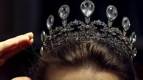 Kontestan Miss England Ini Tolak Pakai Bikini
