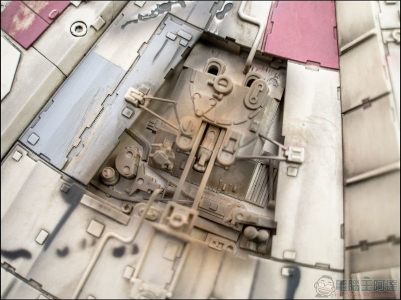 千年鷹號 Millennium Falcon 1:1 模型開箱 - 12