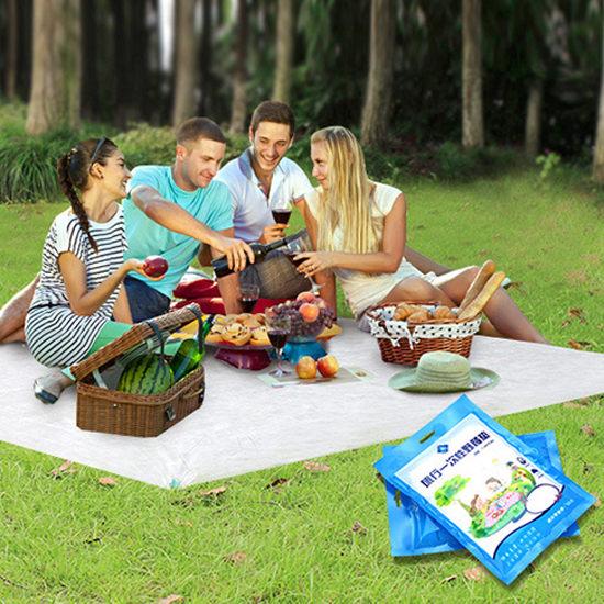 沙灘巾 帳篷墊 野餐墊 旅遊便攜 拋棄式 桌布 防潮墊 露營 戶外 一次性野餐墊(1入)【Z113】慢思行