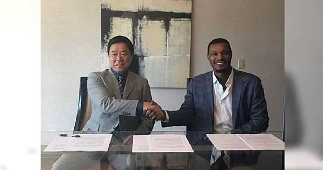 前金鶯老將正式簽約歐力士 瓊斯:等不及要吃神戶牛啦!
