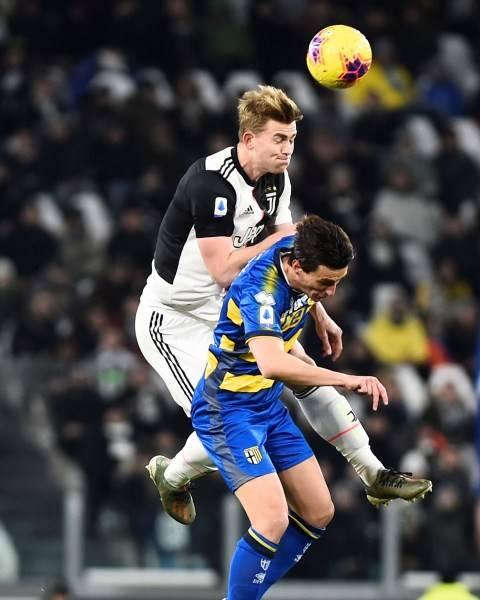 Dua Gol Ronaldo Antar Juventus Kalahkan Parma