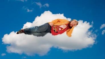 如果你的同事是「PS大神」 千萬不要在辦公室打瞌睡!