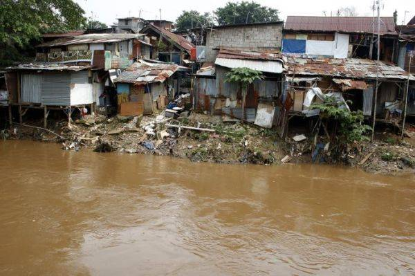 Ilustrasi: Kondisi Sungai di Jakarta