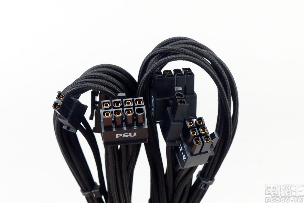 2 條 PCIe 6+2pin CableMod 版本,單一線材僅安排 1 個 PCIe 6+2pin 插頭