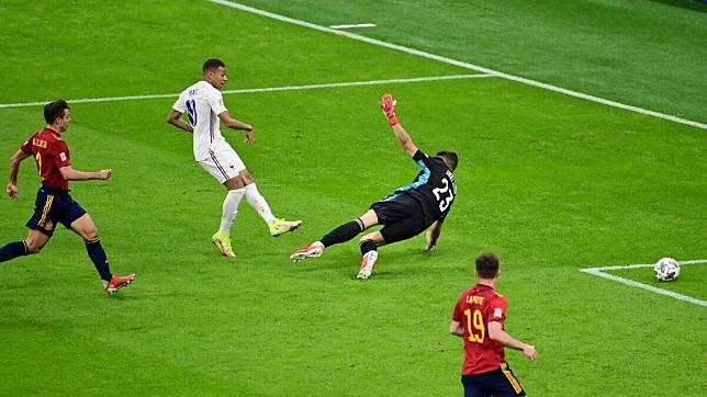 ฝรั่งเศส สเปน