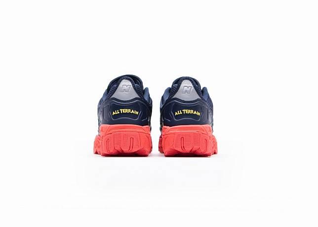 見到鞋踭「ALL TERRAIN」字樣刺繡,就知踩住佢挑戰任何地形都冇問題。(互聯網)