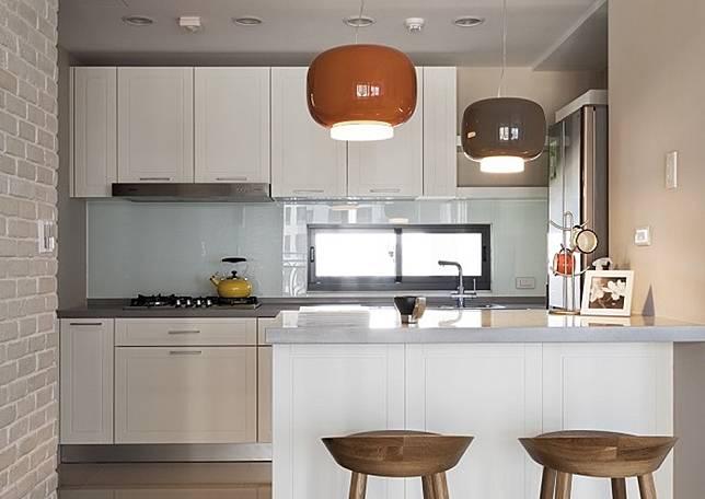 NOWNEWS0405_燈具是居家風格重要的配角,裝修前要慎選(圖/明樓室內裝修設計)