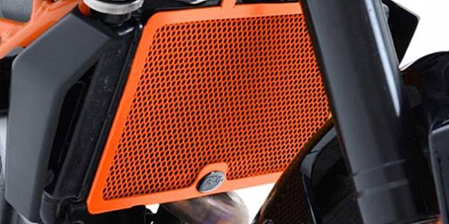 Radiator sepeda motor (morebikes.co.uk)