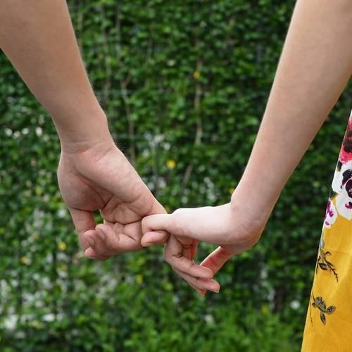 จริงหรือ 'คนรัก' ทำบุญร่วมกัน จะเป็นคู่กันไปทุกชาติ
