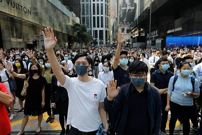 Hong Kong court sent wrong signals to radical protesters over face mask ban, say mainland Chinese analysts