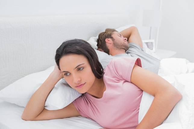 Ini Alasan Pria Lebih Cepat Tertidur Setelah Bercinta