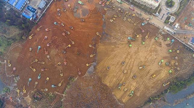 Lokasi pembangunan rumah sakit di Kota Wuhan, Cina, Jumat (24/1).  [Foto/AFP]