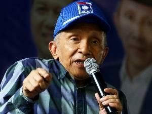 Amien Rais Tertawa Melihat Sandiwara Jokowi Marah