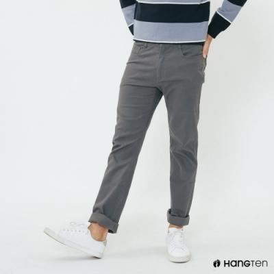 簡約純色 版型俐落好百搭 雙口袋造型 展現休閒風格