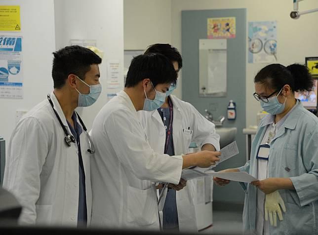 發言人指,醫生職系的空缺將達120個。資料圖片