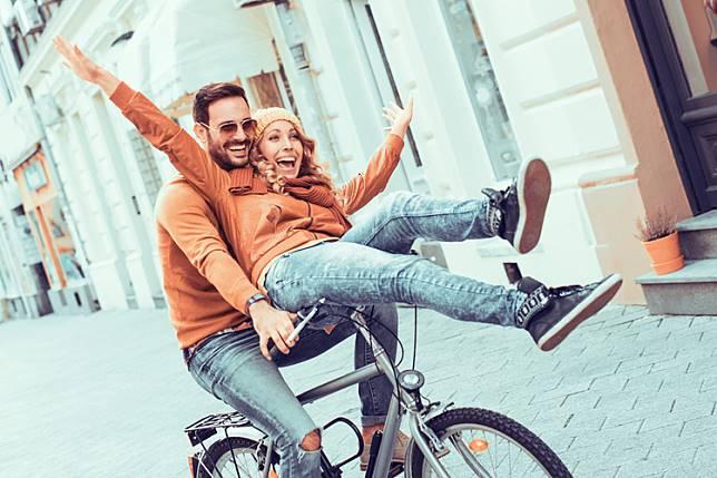 penelitian ini 9 cara membuat pria jatuh cinta