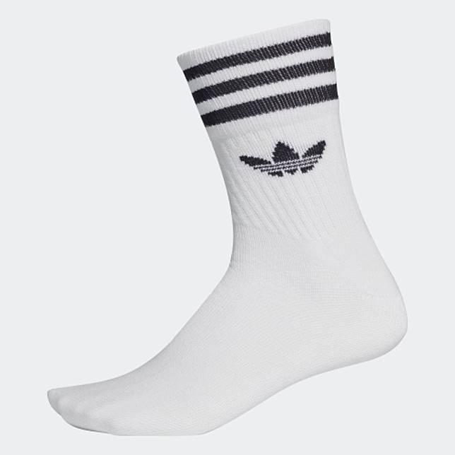 adidas白色Mid Cut Crew Socks (互聯網)