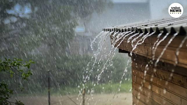 กรมอุตุฯ เตือน 51 จังหวัด เสี่ยงฝนตกหนักหลายพื้นที่