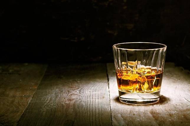 12 Minuman Beralkohol untuk Pemula Gak Bikin Mabuk Kok