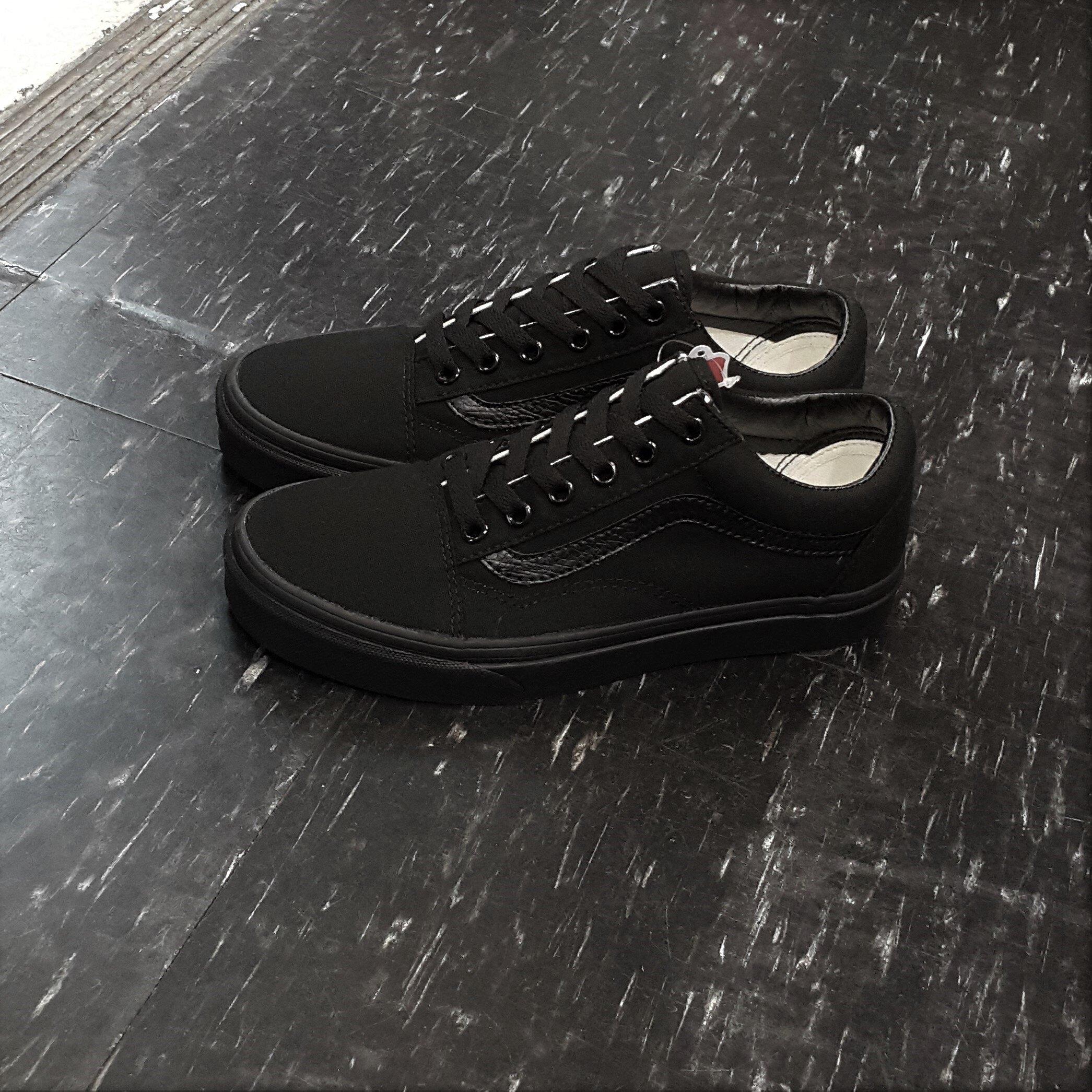 VANS Old Skool Black / Black 黑色 全黑 帆布 基本款 滑板鞋