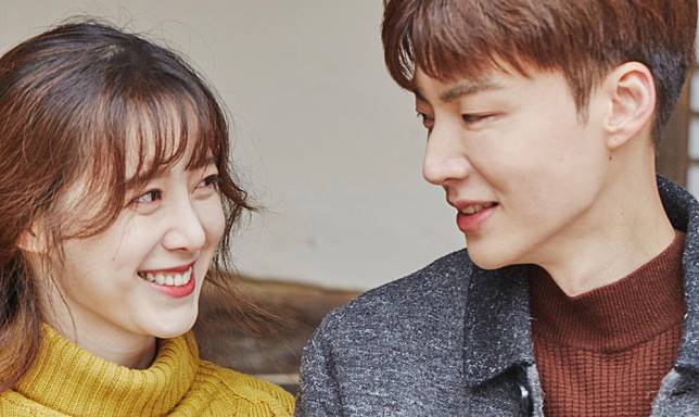 goo-hye-sun-ahn-jae-hyun-wedding-ring