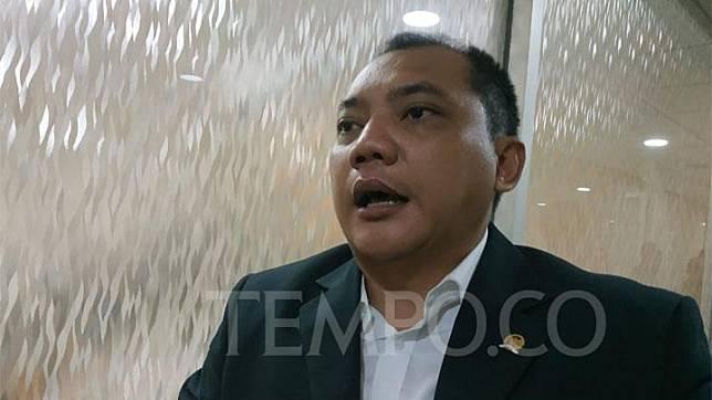 Anggota Komisi Hukum DPR dari Fraksi Nasdem Taufik Basari ditemui di Kompleks Parlemen, Senayan, Jakarta, Senin, 4 November 2019. TEMPO/Putri.