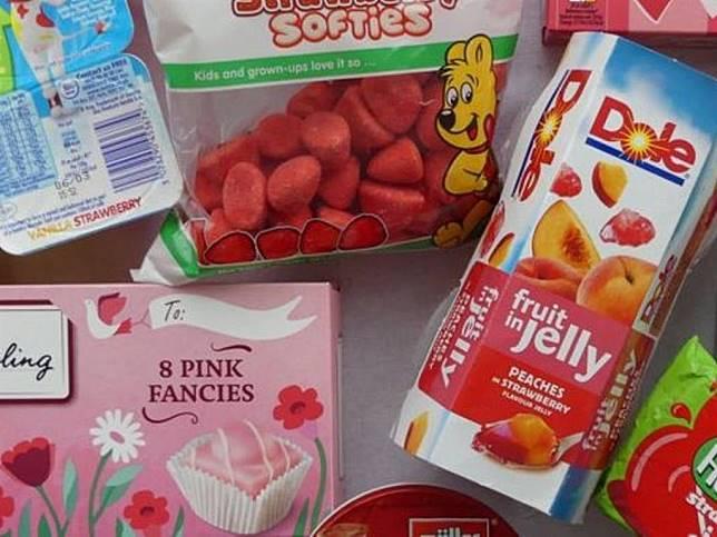 這些產品都含有胭脂蟲紅,是由「胭脂蟲酸(Carminic Acid)」提煉而來的食用色素。(圖片來源:BBC News)