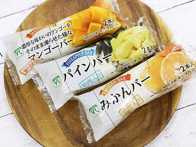 VR杧果雪條(左一)憑濃郁果汁味,再加上內含果肉,成功突圍而出排第3位,而啱啱更推出了菠羅及柑橘口味任君選擇。(互聯網)