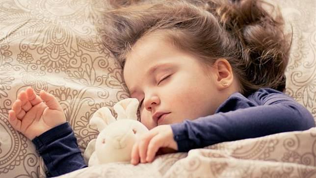 Tips Membantu Anak Konsisten Menjaga Kebiasaan Tidur yang Sehat | Fimela |  LINE TODAY