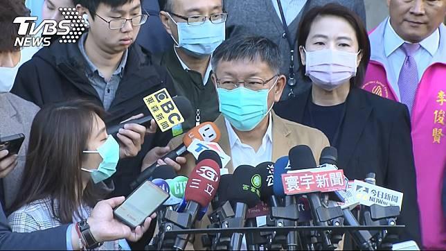 台北市長柯文哲日前視察學校開學防疫工作。(圖/TVBS資料畫面)