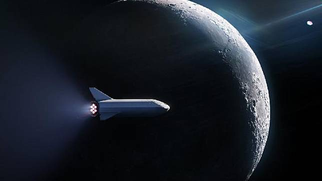 Elon Musk`s SpaceX sends a mysterious passenger to the moon. SpaceX/Twitter