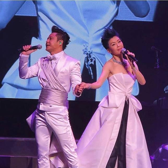 工作量受影響 伍詠薇(後左2)去年初為ViuTV拍新劇《歎息橋》,年中再赴加拿大為蔡一傑個唱擔任嘉賓,最後一單露面Job已是3個月前為動畫宣傳。