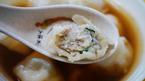 【台北美食】阿洲手擀皮水餃店-已經很難品嚐到的美味手擀皮水餃美食