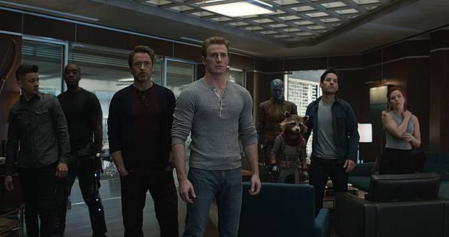 'Pikachu' Tak Berhasil Tumbangkan 'Avengers'