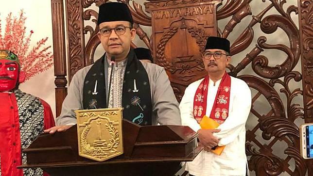 Gubernur DKI Jakarta Anies Baswedan mengumumkan UMP DKI 2020.