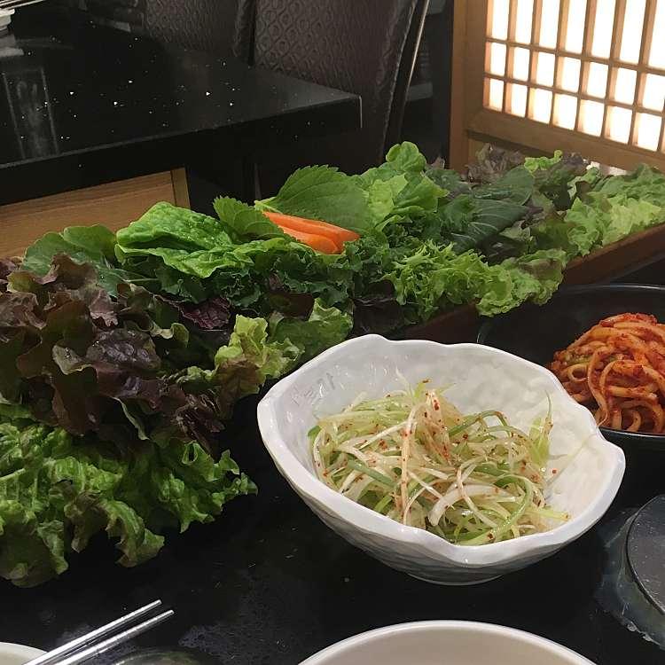 新宿区周辺で多くのユーザーに人気が高いサムギョプサル本家 ボンガ 新宿職安通り店の野菜セット(全種類)の写真
