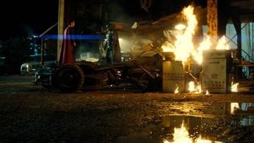 《蝙蝠俠對超人:正義曙光》公布片長 未打破最長超級英雄電影紀錄