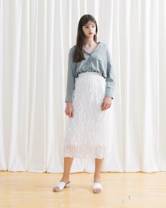 不規則壓紋/腰頭鬆緊帶/直筒裙型好搭配/有內裡/無口袋