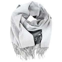 ◎歐系經典時尚名牌|◎|◎品牌:LouisVuitton/LV品牌定位:國際精品類型:圍巾材質:羊毛材質說明:100%山羊絨尺寸:長191cmX寬46cm顏色:黑色系流行元素:文字適用季節:秋冬商品配