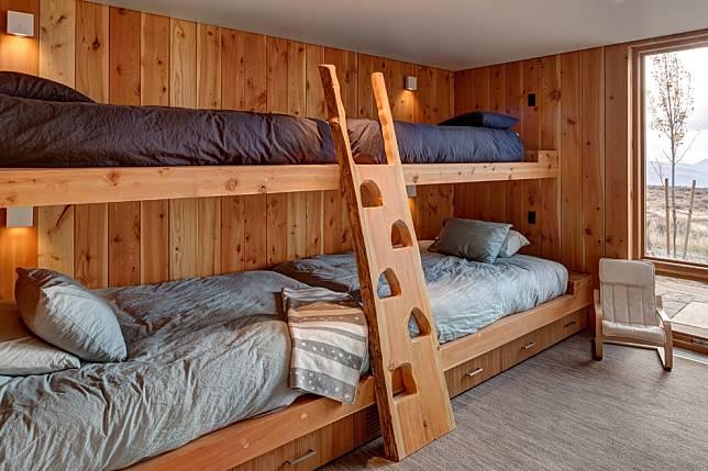 Tidak Hanya untuk Anak, 5 Bunk Bed Ini Bisa untuk Orang Dewasa!
