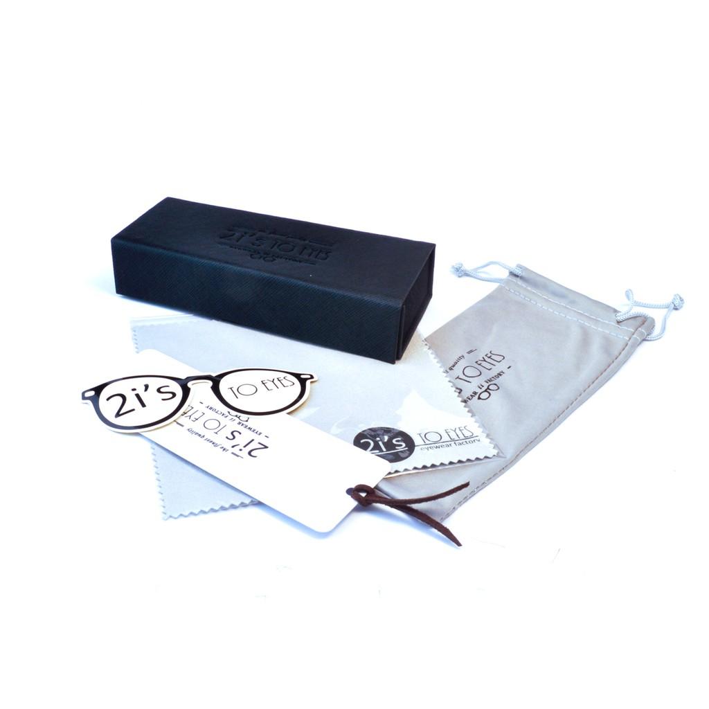 產品資訊:產品: 2is_BX02D類型: 折疊 / 磁石開口色系: 黑色(附送的眼鏡袋會隨季而更新顏色喔, 煩請見諒)產品類別: 方形眼鏡盒材質: 紙 / 仿皮Size:a. 寬度: 63 mmb.