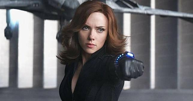Scarlett Johansson Gugat Disney karena Rilis Black Widow secara Streaming