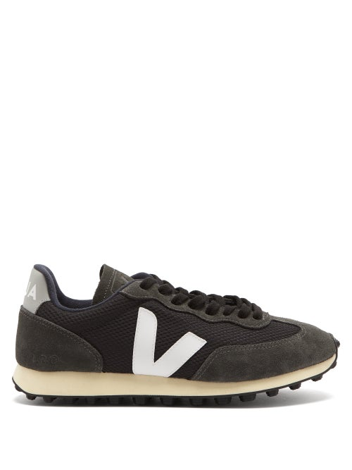 Veja - Veja's washed-black Rio Branco trainers are made from Hexamesh, a signature fabric composed o