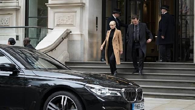 BMW Seri 7 dalam Film Red Sparrow. Dok: BMW