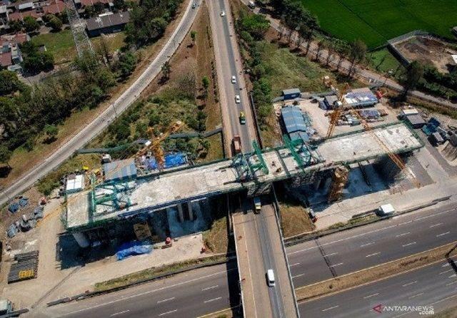 Proyek Kereta Cepat Jakarta-Bandung Pakai APBN, Jazuli Juwaini: Saya Dengar Ada Kesalahan Kalkulasi Investasi