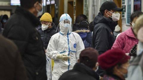 Cerita Dokter di Wuhan, Kelelahan hingga Harus Pakai Popok